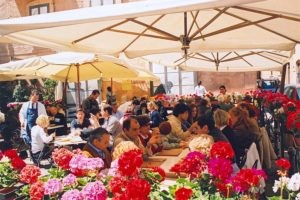 Dine al fresco in Lucca at a street side cafe, and enjoy delicious food and fabulous people watching.