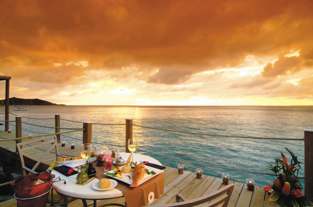 Turks and Caicos restaurant, sunset on the caribbean sea, dining, fine dining, seafood, turks, ocean