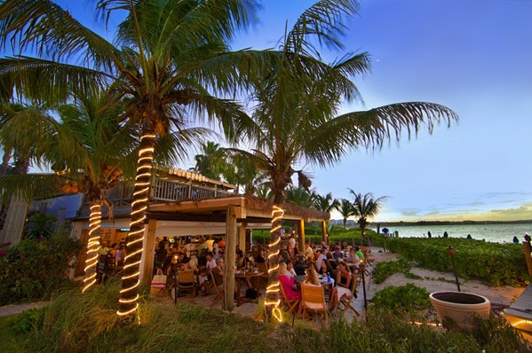 Best restaurant in turks and caicos, somewhere cafe, palm trees, beach, beach restaurant, caribbean