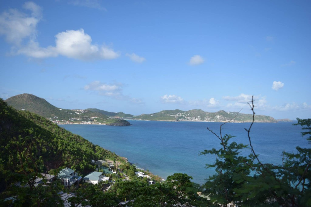 Green Hillsides, credit St Barth pour les Intimes