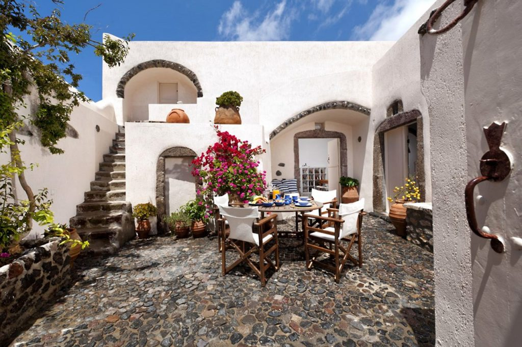 Two bedroom villa in Santorini, Greece with outside courtyard.