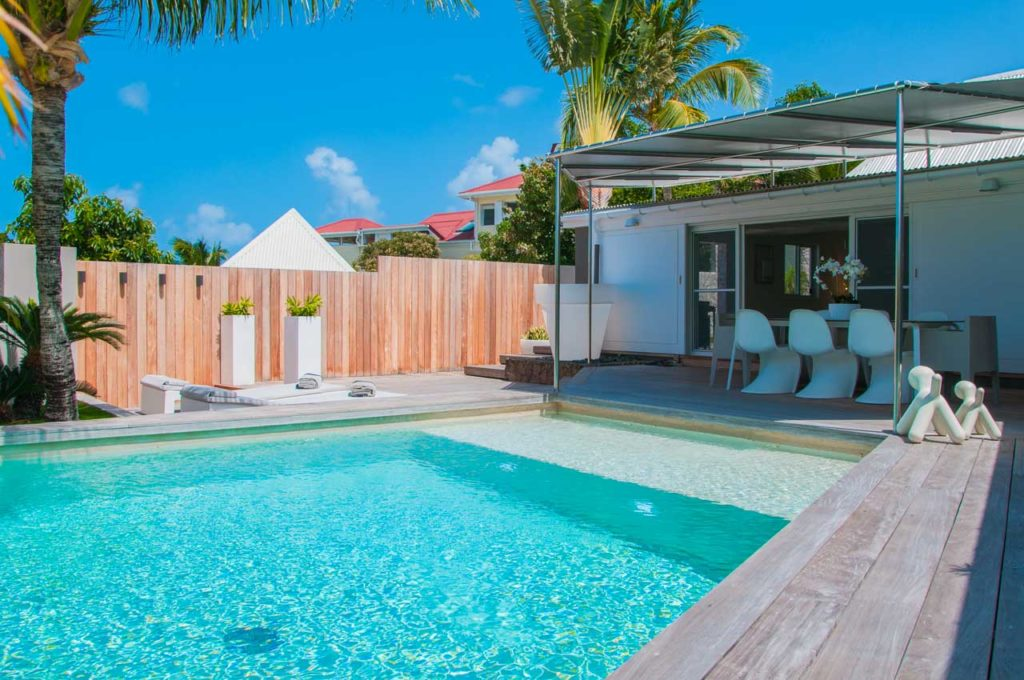 vacation-rental-photo_St-Barthelemy_WV-TAC_Villa-Bruka_St-Barts-Villa-tacpol01_desktop