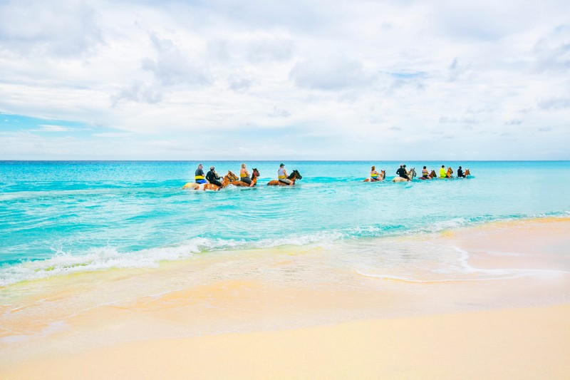 things to do in turks and ciacos