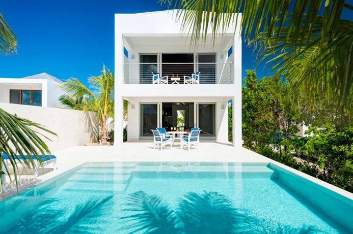 One bedroom villa located in Grace Bay, Turks and Caicos with close acess to the beach.